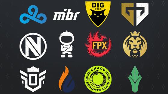 Les participants - dont les huit fondateurs sur les premières lignes - de Flashpoint S1 - Counter Strike : Global Offensive