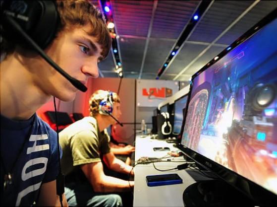 Un jeune Ninja lors de l'une de ses premières LAN - Fortnite : Battle royale