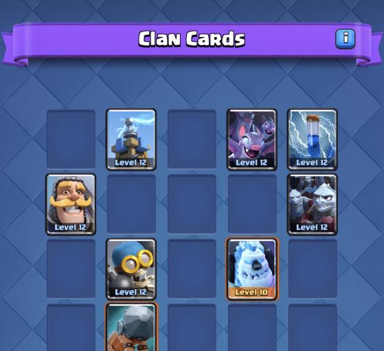 Rassemblez le plus de cartes possible avant la grande bataille - Clash Royale