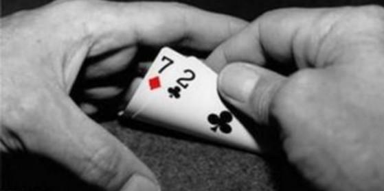 7-2, vraiment la plus mauvaise main ?