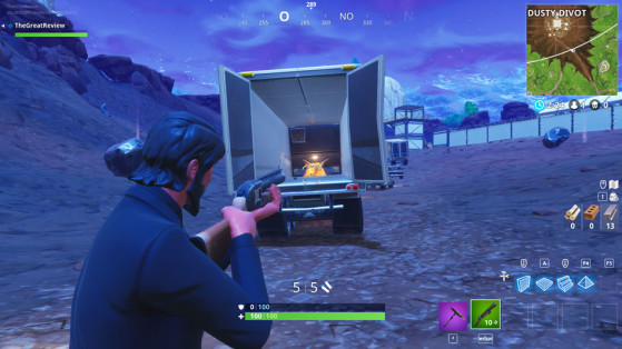 À l'arrière d'un camion au sud de la base. - Fortnite : Battle royale