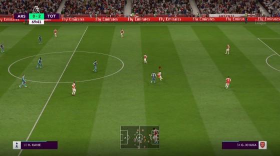 Utilisez le stick droit à la réception de la balle... - FIFA