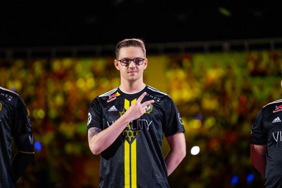 Montrer le V for Victory sera plus difficile en coupe du monde - League of Legends