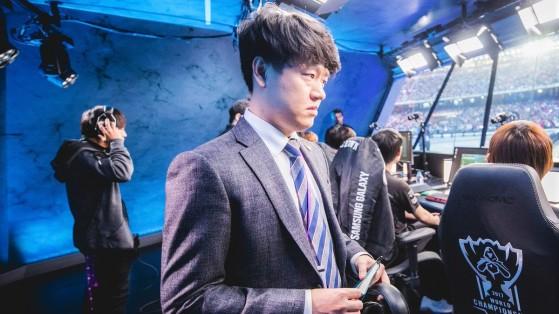 Le coaching staff Gen.G est directement responsable du traumatisme de ce Groupe B des Worlds 2018 - League of Legends