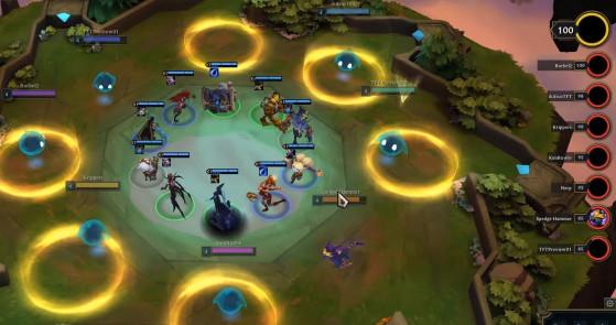 Deux joueurs sont libérés bien avant les autres, les plus faibles en PV. - Combat Tactique