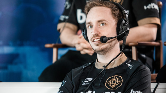 Esport - Counter-Strike : Dignitas met les suédois GeT_RiGhT et Xizt sur le banc