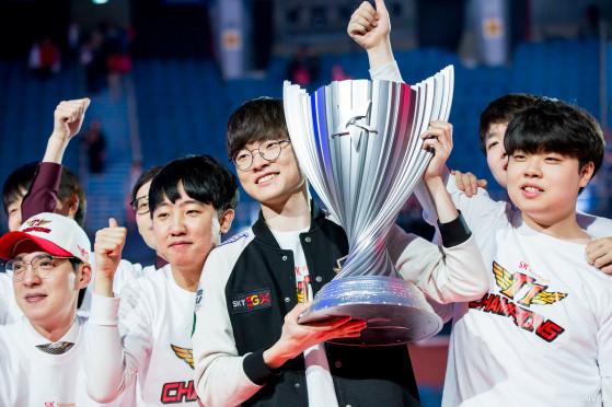 LoL  :  SKT T1, G2 Esports et Team Liquid en grands champions