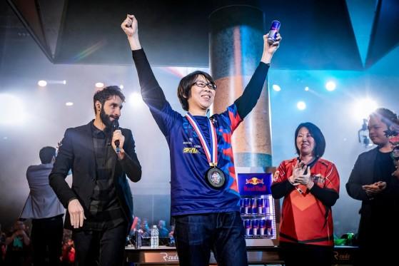 GO1, vainqueur à l'EVO et vainqueur final du Dragon Ball FighterZ World Tour - Millenium