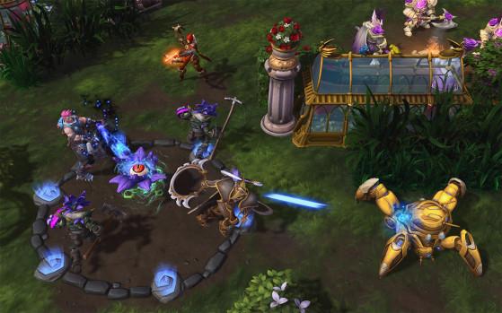 et les joueurs ennemis pour récolter les graines ! - Heroes of the Storm