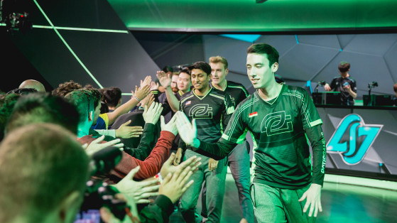 Optic Gaming lors de sa vitoire face à Counter Logic Gaming (9e semaine) - League of Legends