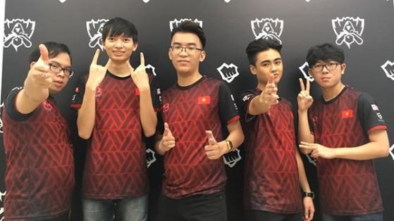 Les Phong Vũ sont déjà contents d'être là... - League of Legends