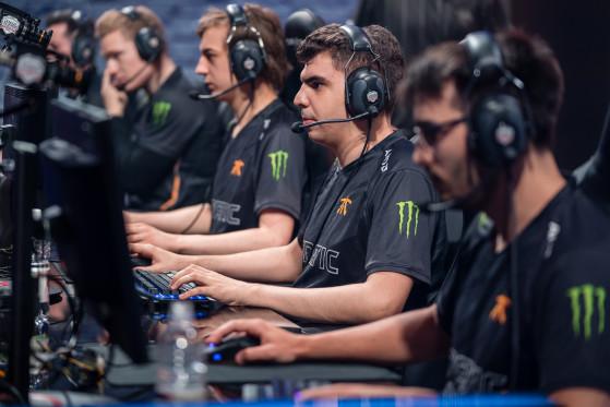 Bwipo, joueur aux multiples talents: Top laner et Bot laner à ses heures perdues - League of Legends
