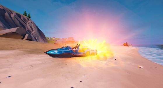 En visant la coque avant de leur propre bateau, les joueurs pouvaient s'accélérer sur terre avec l'explosion de la roquette sur l'arrière du véhicule. - Fortnite : Battle royale