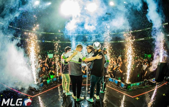 OpTic Gaming plus que jamais uni après le titre au Call of Duty World League Championship. C'était il y a seulement 9 mois. - Call of Duty