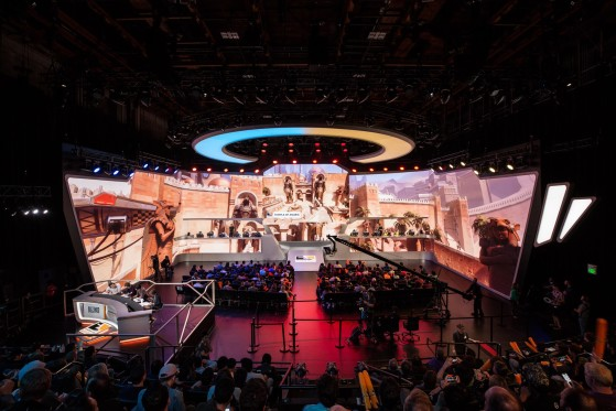 La Blizzard Arena, construite en grande partie pour accueillir les matchs d'Overwatch League. - Millenium