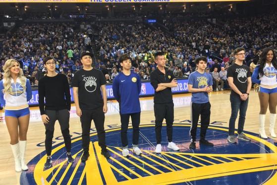 Présentation des Golden Guardians, joueurs LCS des Golden States Warriors avant un match NBA. - Millenium